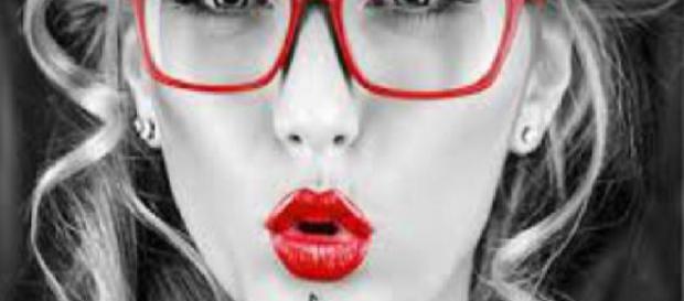 Hábito feminino. (Foto/Reprodução via Google)