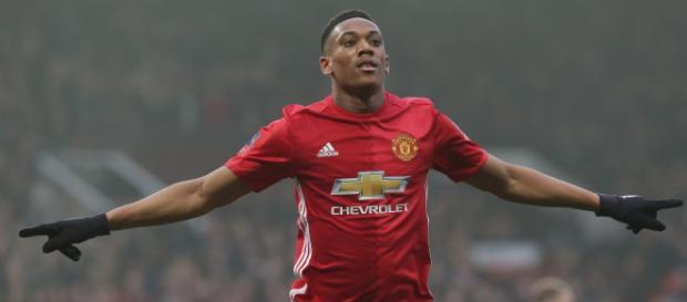 Könnte in der kommenden Saison ein anderes Rot tragen: Anthony Martial - manutd.com