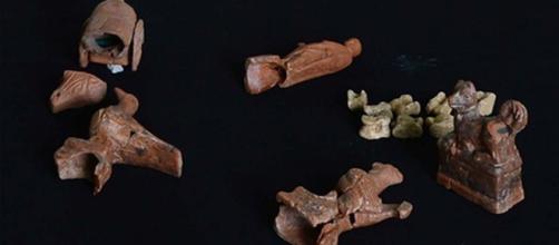 Conmovedor descubrimiento de juguetes de hace 2.000 años