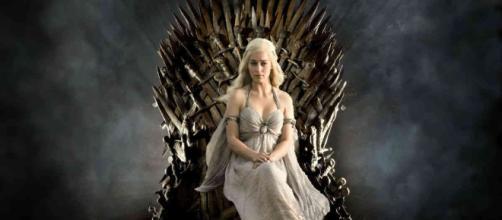 Emilia Clarke en la serie de HBO Game Of Thrones