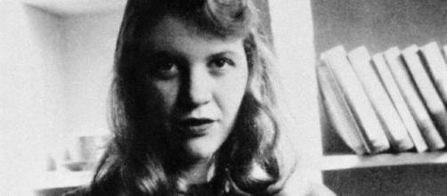 La poeta y escritora estadounidense Sylvia Plath nació un día como ... - com.mx