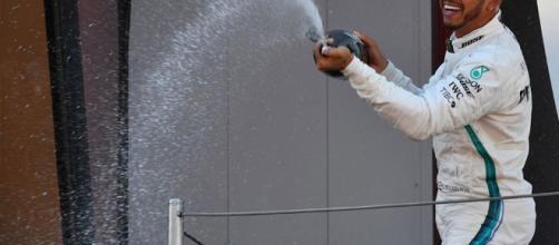Lewis Hamilton | SoyMotor.com - soymotor.com