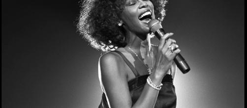 Whitney Houston sigue dando de qué hablar