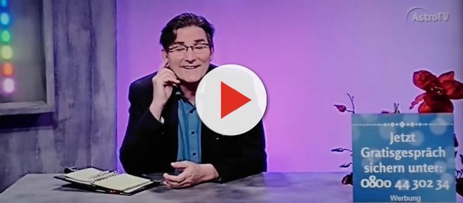 AstroTV verulkt Anrufer: Frank Kazuschke sieht durch Haarfarben!