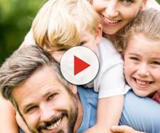 Famiglia felice: 10 attività divertentissime per fare pratica - vanityfair.it