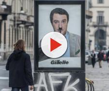 Matteo Salvini paragonato ad Hitler in un finto manifesto pubblicitario