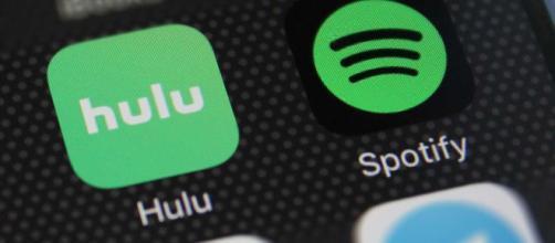 A medida que aumentan los costos de transmisión de medios, Spotify y Hulu se unen para crear un acuerdo