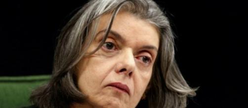 Cármen Lúcia fala sobre suposta traição a Lula