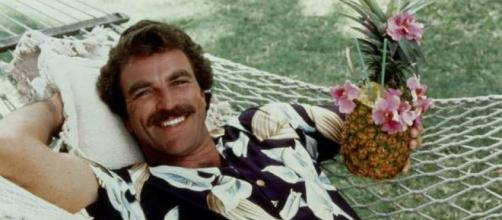 El antiguo Thomas Magnum interpretado por Tom Selleck