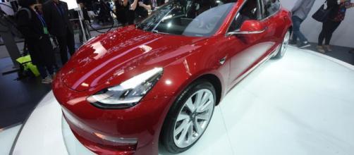 El Modelo 3 de Tesla funciona con el mismo tipo de tecnología de batería de iones de litio.