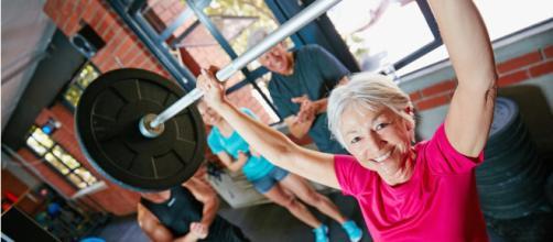 Fuerza antienvejecimiento: las claves para conservarte joven ... - sportlife.es