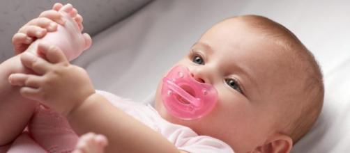 los bebés tienen una conciencia similar a los adultos desde los 5 meses