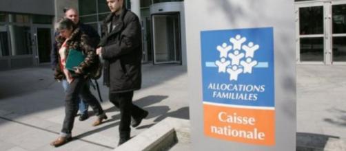 Lutte contre le non-recours aux aides sociales: que proposent les ... - liberation.fr