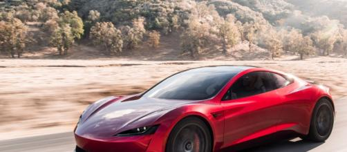 The Tesla Roadster is the first name in the genre of electric hypercars. (Image via Tesla/Youtube)
