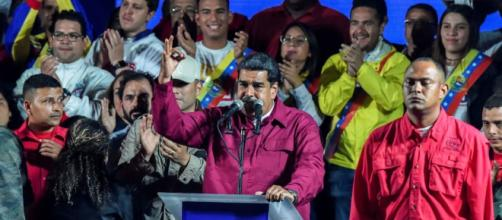 Venezuela, Maduro rieletto ma crolla l'affluenza - newsgo.it