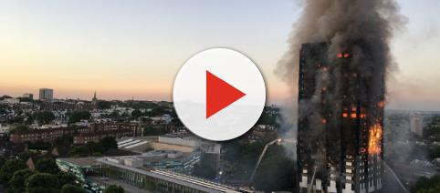 Grenfell Tower fire via Natalie Oxford at https://twitter.com/Natalie_Oxford/status/874835244989513729/photo/1