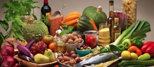 Alimentazione: la dieta mediterranea aiuta a ridurre i danni dell'inquinamento