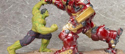 Exclusivo 'Avengers: Infinity War' Hulk Busting la figura de Hulkbuster