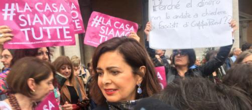 Laura Boldrini in Campidoglio in occasione della manifestazione femminista contro il sindaco Raggi