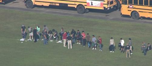 Un tiroteo en escuela secundaria de Texas: al menos 8 muertos ... - dosmundos.com