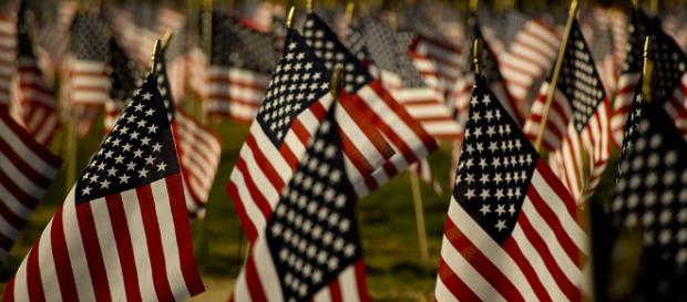 Memorial Day will feature time for remembering those who died while serving the country in the military. [Image via Wikimedia Commons]