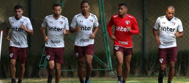 Objetivo do São Paulo é chegar no G-4 ante da Copa. (foto reprodução).