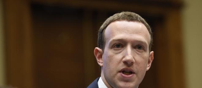 Șeful Facebook înfruntă Parlamentul European în scandalul datelor personale