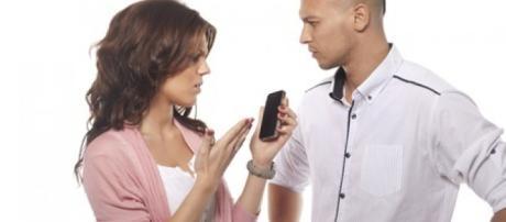 Hoy en día las relaciones de pareja se ven afectadas por el uso de las redes sociales