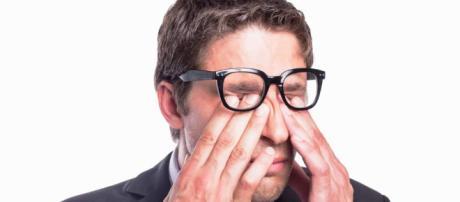Frotarse los ojos es perjudicial - Optica La Gafería - La Gafería - lagaferia.es