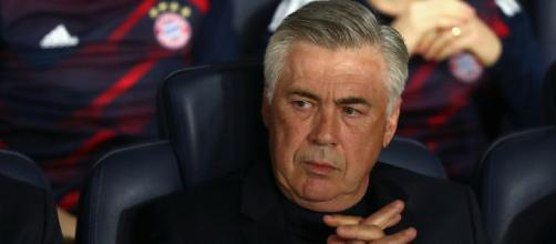 Carlo Ancelotti está cerca de firmar con el Napoli.