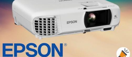 Epson EH-TW650 en la prueba: proyector compacto para fútbol, cine en casa