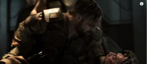 McCreary threatens to kill Murphy if he doesn't get what he wants. [image source: TV Promos - YouTube]