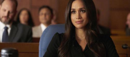 Na série 'Suits', Meghan é Rachel, a noiva do personagem principal.