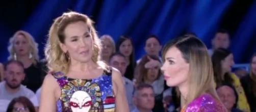 Nina Moric risponde alle accuse del web