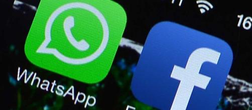 Post Da Facebook a WhatsApp in un clic