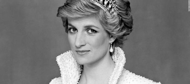 CNN en Español estrena el DocuFilm 'Princesa Diana: a la caza de .
