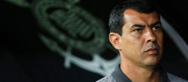 Fabio Carille não é mais técnico do Corinthians: futuro do treinador é o emergente futebol árabe. (Fonte: ESPN)