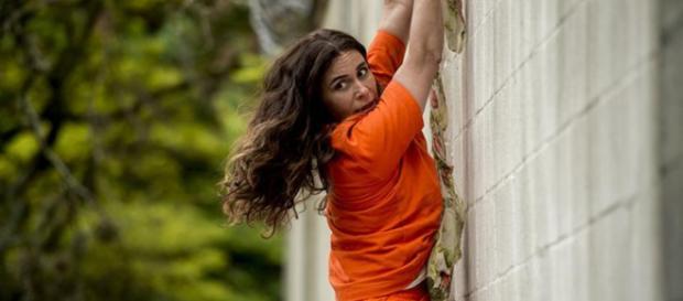 Luzia não vê outra alternativa a não ser fugir da prisão
