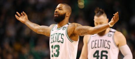 NBA : Boston frappe fort d'entrée face à Cleveland - francetvinfo.fr
