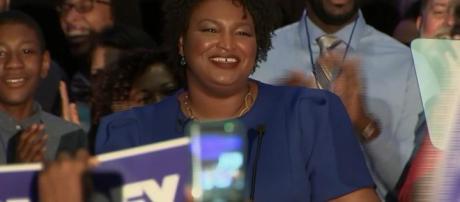 Stacey Abrams gana las primarias demócratas en Georgia: podría ... - ievenn.com