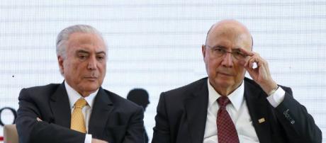 Temer desiste da reeleição e anuncia apoio a Henrique Meirelles