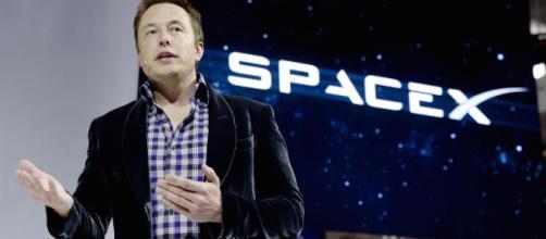 El domingo, Elon Musk reveló que SpaceX estaba en camino