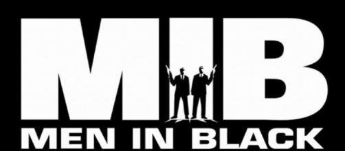 F. Gary Gray podría dirigir el spin-off de Hombres de Negro