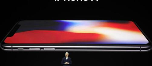 Scatta l'ora dell'iPhone X: Apple svela i nuovi smartphone, la tv ... - lastampa.it