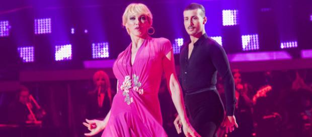 """Bailando con las estrellas - Topacio Fresh e Ibán bailan """"Tres ... - rtve.es"""