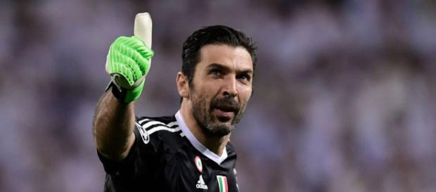 Buffon dice adiós a la Juve con 40 años