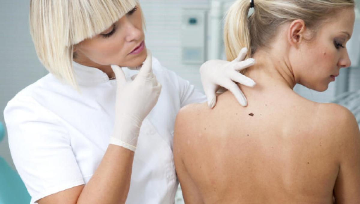 causas de manchas y picazon en la piel