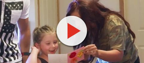 Chelsea Houska is seen with Aubree on 'Teen Mom 2.' [Photo via MTV/YouTube]
