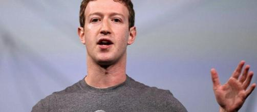 7 Weird things about Mark Zuckerberg that will amaze you. Image Credit: Jones Smith / YouTube Screenshot