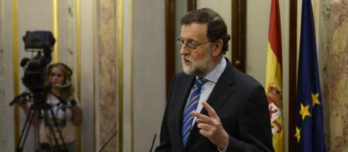 Mariano Rajoy es atormentado por los casos de corrupción - bernardo diaz